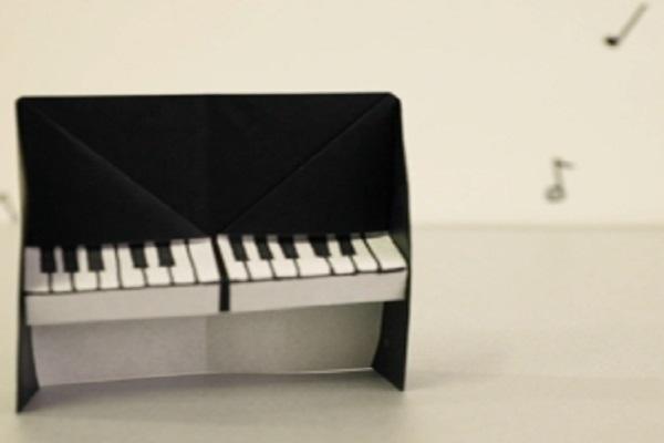 【動画】思わず弾きたくなるピアノを折り紙を使って作ろう