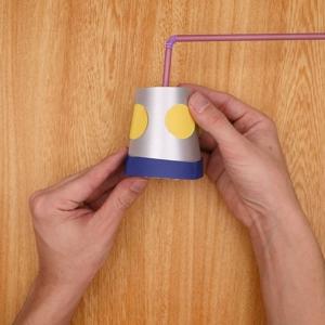 紙コップを装飾する