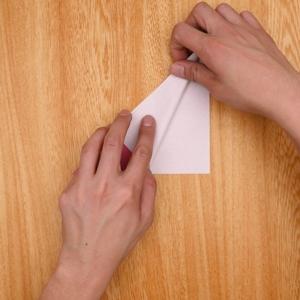 片側を開くように折る
