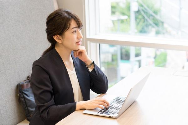 【2021年最新版】保育士の職務経歴書の書き方ガイド。転職に役立つ職務内容や自己PRの例文