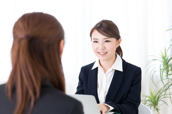 【採用担当者向け】面接官として質問するときのポイント。流れや質問例