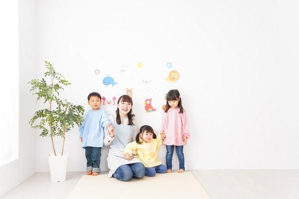 【28選】3歳児の室内遊び。保育のねらいや、ゲーム・運動・製作アイデア