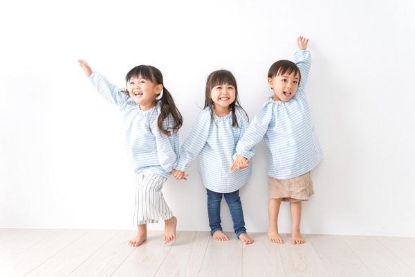 【3歳児向け】ゲーム遊び8選!保育のねらいや、集団で楽しめる遊びのアイデア