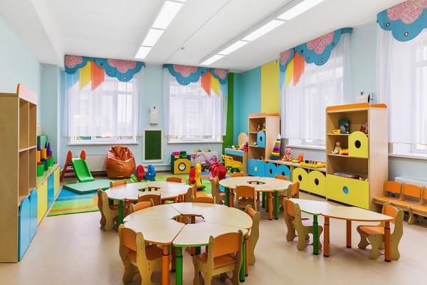 保育室が狭い!そんなとき、どうレイアウトする?環境設定や遊び方の工夫