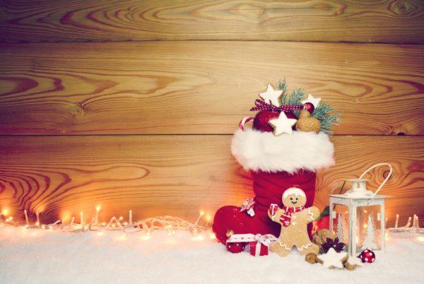 保育園でクリスマスブーツを作ろう!1歳児から楽しめる製作や立体的なアイデア