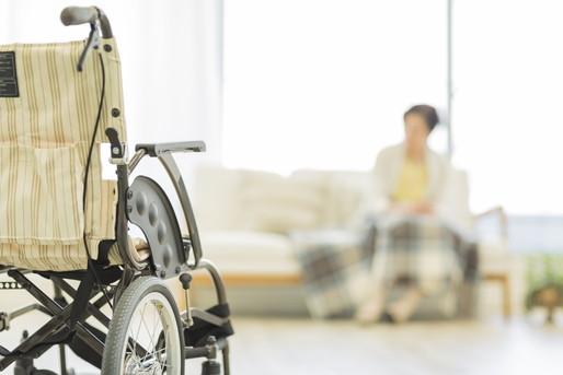 病院内の車椅子