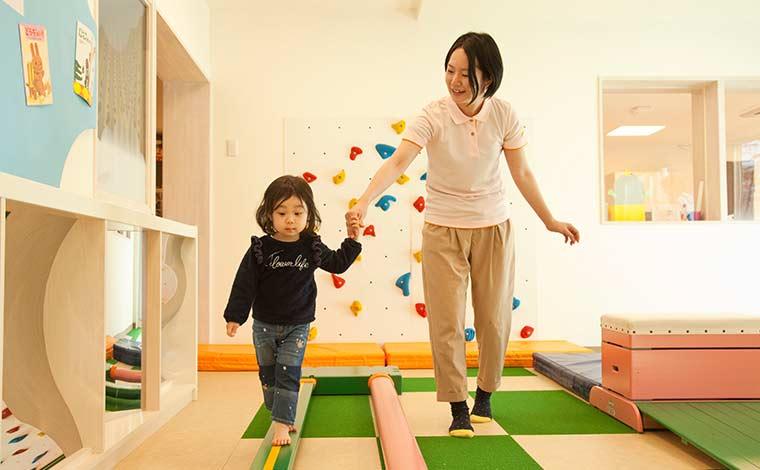 太陽の子 桜台保育園年間休日128日でオフの時間もたっぷり!自然豊かな環境が魅力の保育園です