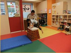 子ども達一人ひとりに向き合う真心保育。小規模保育園で丁寧な保育をおこなえます。<神田駅>