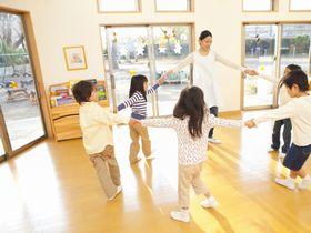 学校法人 滋慶学園 ◆認可保育所◆ にじのいるか保育園氷川台