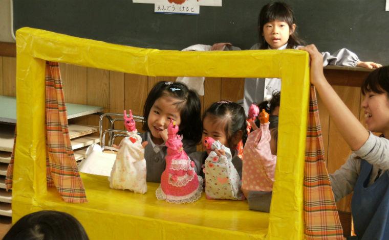 子どもは遊びの中で育ちます。福利厚生などが充実した働きやすい職場環境です