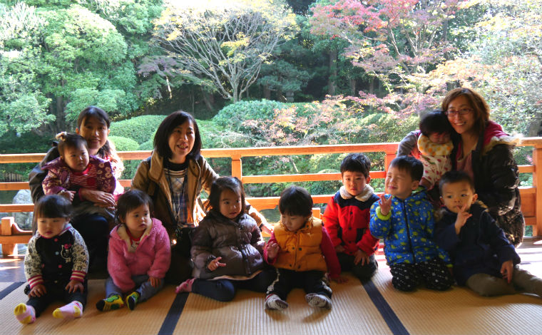 歴史ある「お寺の保育園」で、地域の皆さまと共に保育を行っています。