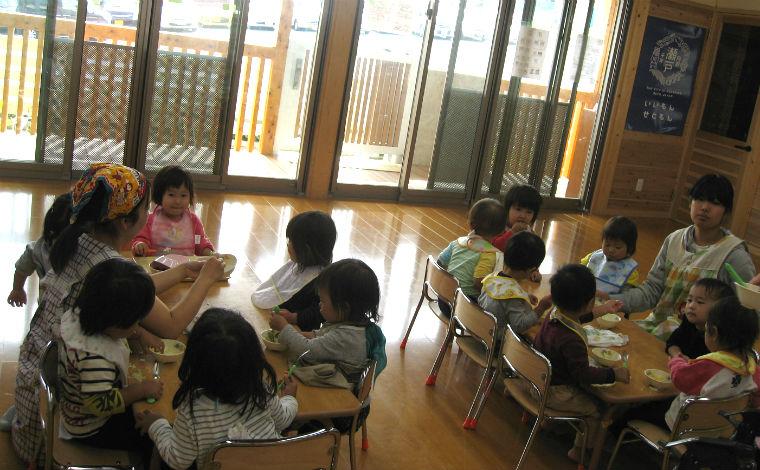 ひかりみつる保育園毎日楽しく笑顔があふれる中で、子どもの主体性を大切にした保育を実施しています!