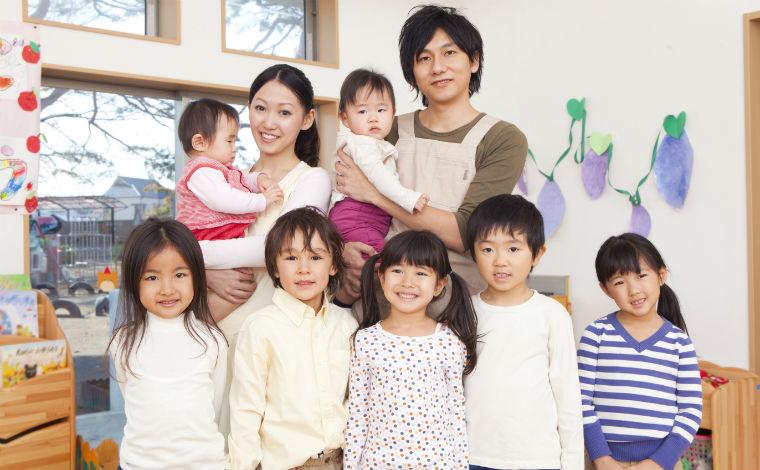旭ヶ丘保育園子どもも大人も生き生きと過ごし、人間性を高め合える場所を目指しています
