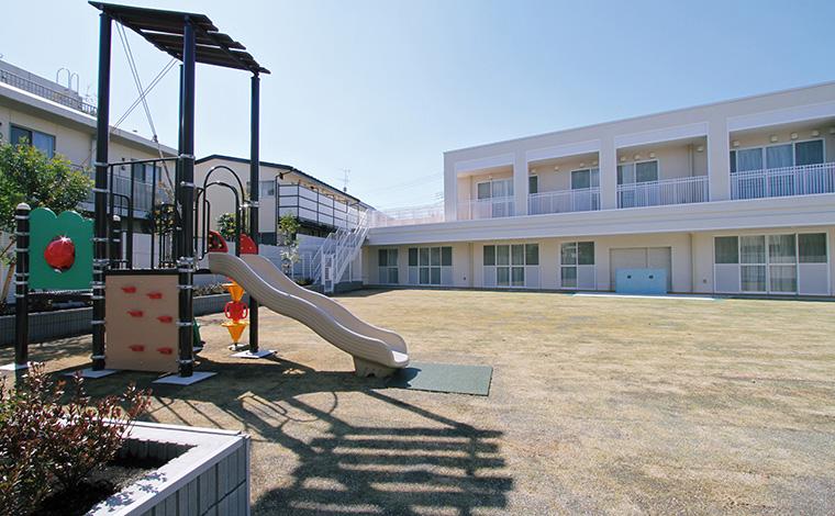稲穂会天草慈恵病院天草慈恵病院附属保育園人気の病院内保育園!ステップアップ出来る様々なプランがあります。