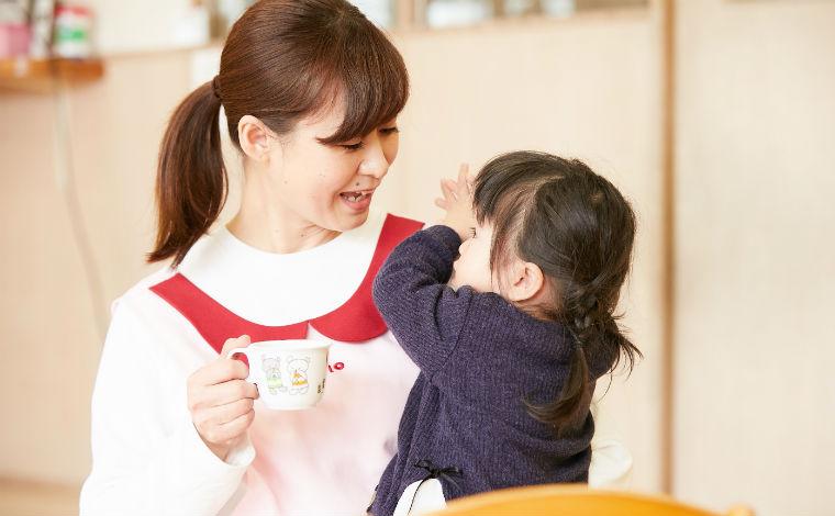 ほっぺるランド博多駅前祇園駅から徒歩2分と好アクセス!人気の小規模保育園の募集です。