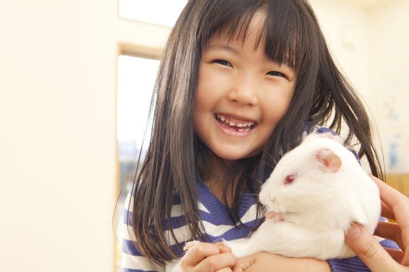 温かく家庭的な保育をし、「心身ともに元気な子!」を育成します。