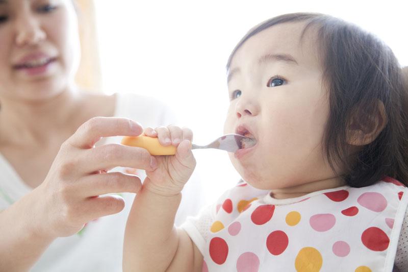 横浜市 奈良保育園「他人という名の大きな家族」をモットーに子どもをのびのび育てます。