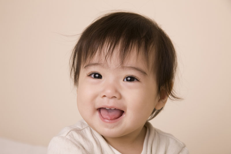 子どもの発達に合わせながら、愛情を込めて個々の力を育てます。