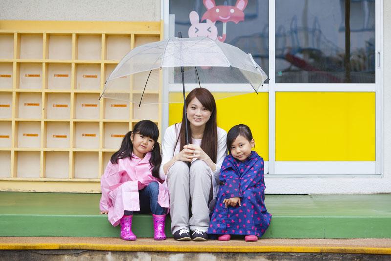 ママやパパと一緒におしゃべりを楽しみながら通園する幼稚園です。