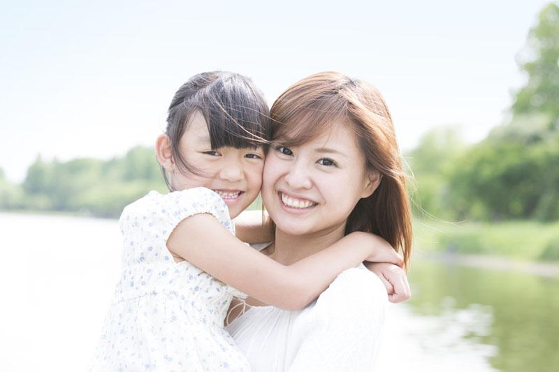 モンテッソリーの五感教育の考えに基づき、年齢にあった育ちを助けます。