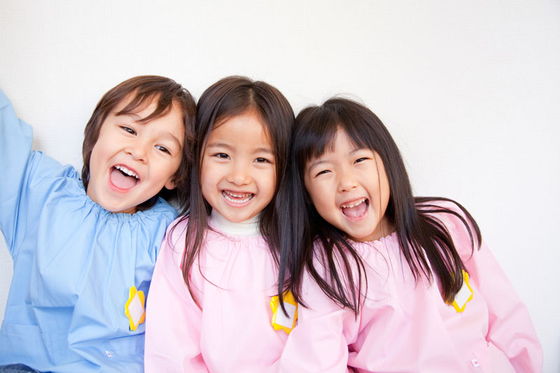 保育園と幼稚園の良さを融合させた、認定こども園として運営しています