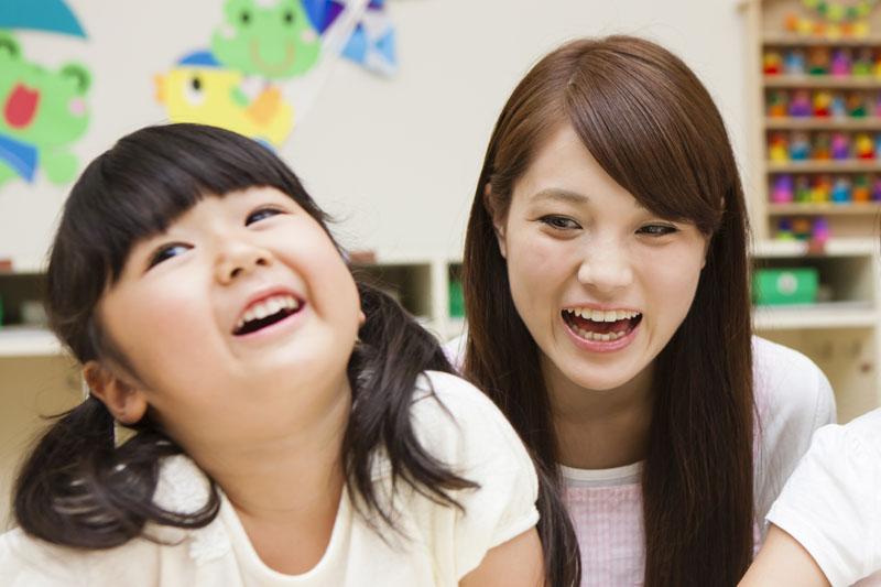 心も体もたくましい子を目標に、子どもに寄り添った保育が展開されます。
