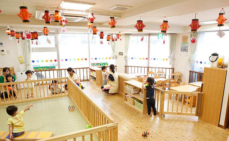 にじいろ保育園浜田山様々なキャリアパスが魅力!年次やキャリアに沿った研修でしっかり学べる環境です。<浜田山駅>