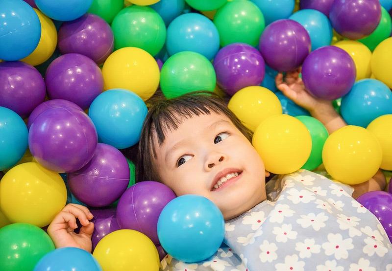 第4回 カラーボール遊びの気づき 子どもの発見をクラスに広げるかどうか