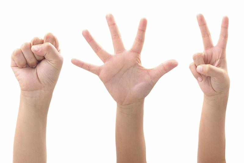 保育士のワザ 子どもに人気の手遊び・13選【動画付き・年齢別】
