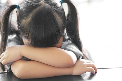 子どもを巻き込む「ハラスメント保育」とは