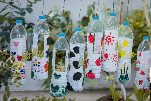 ペットボトルを使った保育の遊びと工作のアイディア14選