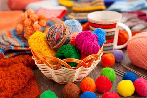 毛糸を使った保育の遊びと工作のアイディア集