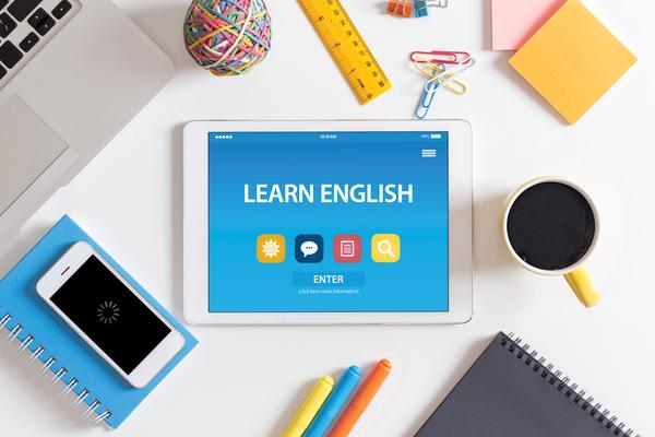 英語が生かせる保育士の就職・転職先は?資格や勉強方法も