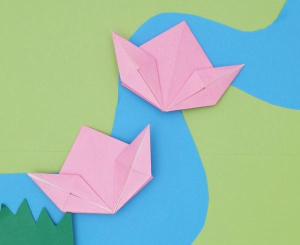 【動画】折り紙ももがどんぶらこ
