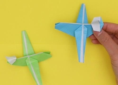 【動画】折り紙で作る本格的な飛行機