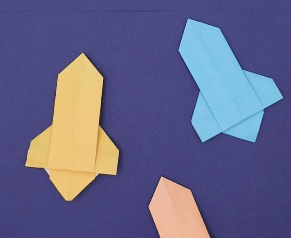 【動画】宇宙まで飛んでいけ!折り紙ロケット