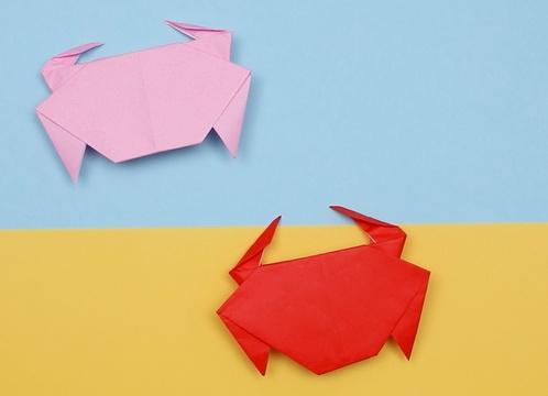【動画】横歩きが得意なカニを折り紙で