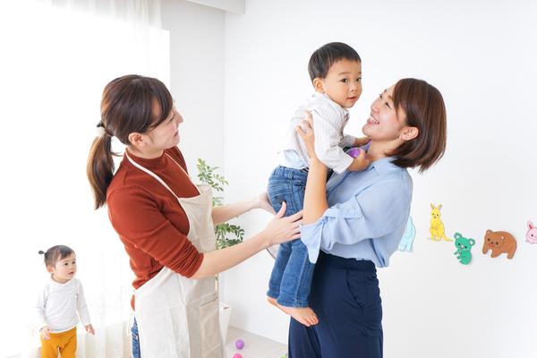 預かり保育とは。幼稚園での預かり保育の内容と一時保育との違い