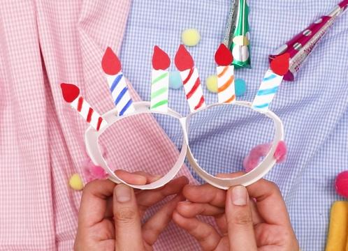 【動画】紙コップでパーティーメガネを作ろう