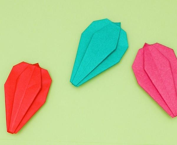 【動画】野菜にふれよう折り紙ピーマン