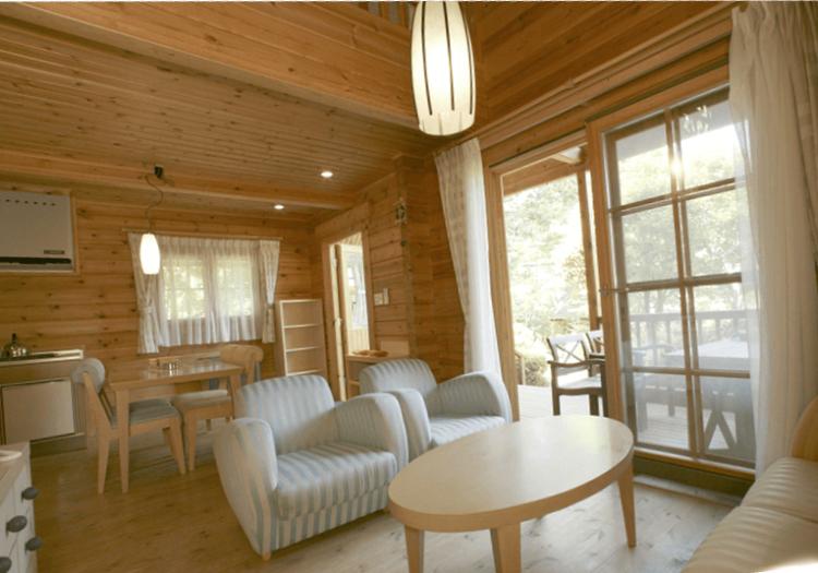 月5000円の単身寮、月15000円の社宅あり。コンビニまで徒歩5分