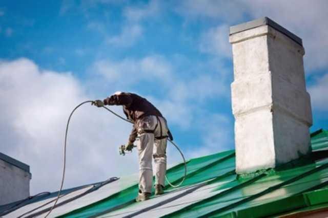 屋根塗装の費用に影響を与える要素
