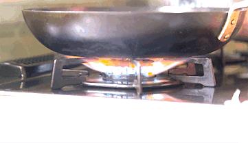 節約の極意⑪:€なべ底の広い鍋で調理