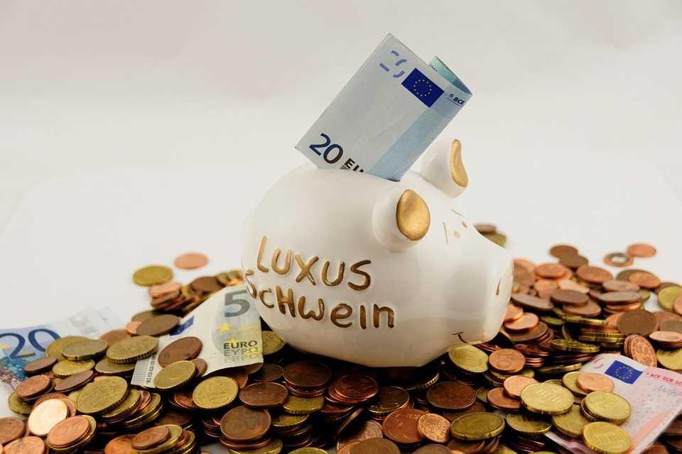 節約成功の鍵は「工夫」と「見直し」だけ!誰でもできる節約術と貯金のコツを紹介