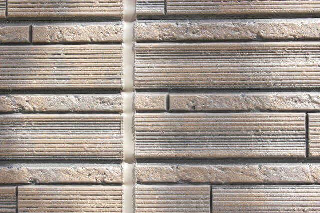 外壁の重ね張りリフォームのデメリット
