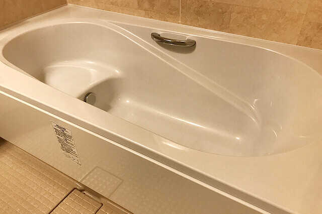②浴槽の素材選びも大切