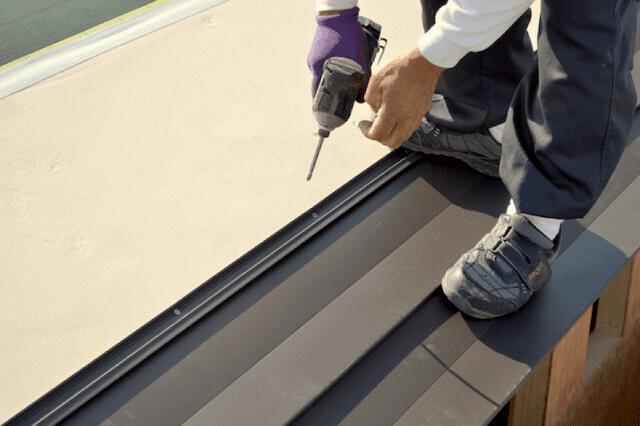 屋根の重ね葺きの特徴やメリット・デメリット