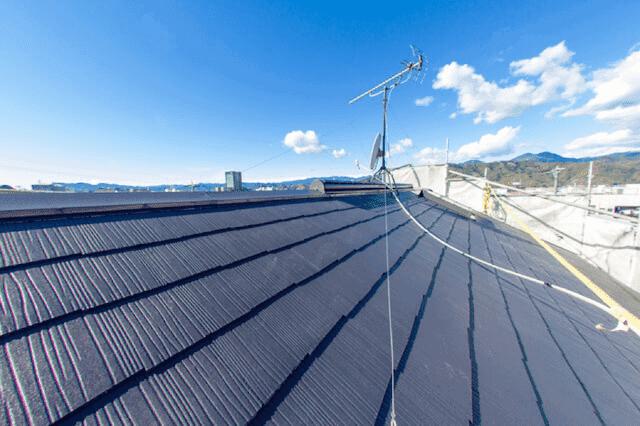 どんな既存の屋根に重ね葺きができるのか?