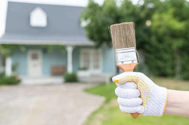 サイディングの塗装はDIYでできる?
