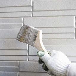 外壁のアクリル塗料と他の塗料の違いは 特徴やメリット デメリットを解説 プロヌリ 外壁 屋根塗装業者を見積り比較